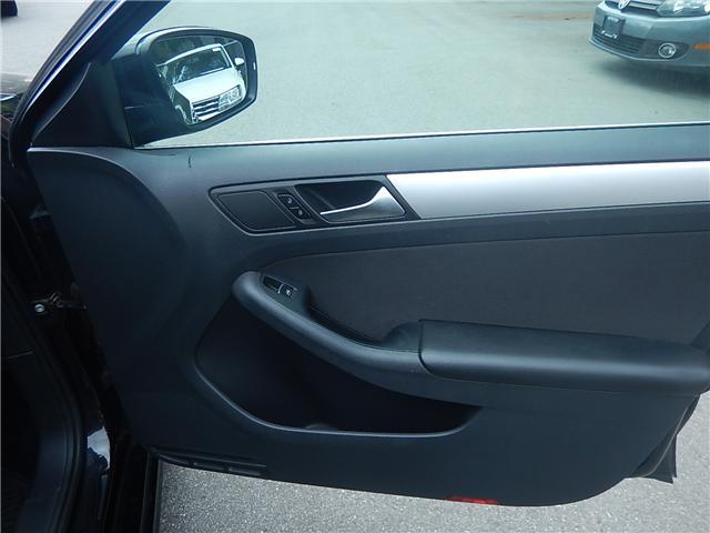 2013 Volkswagen Jetta 2.0 TDI Comfortline (Stk: JT151997AA) in Surrey - Image 14 of 26