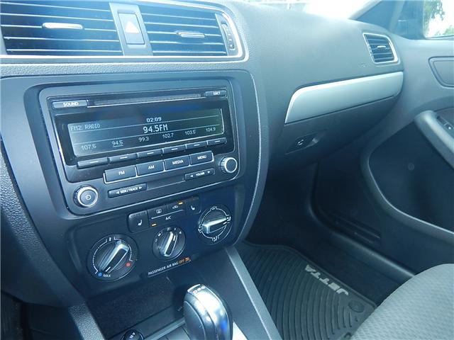2013 Volkswagen Jetta 2.0 TDI Comfortline (Stk: JT151997AA) in Surrey - Image 11 of 26