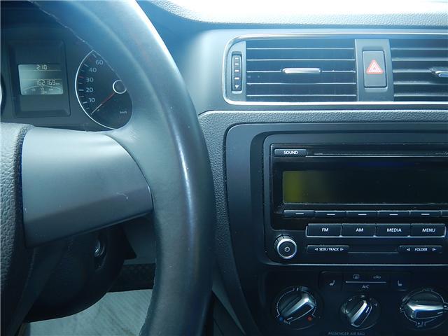2013 Volkswagen Jetta 2.0 TDI Comfortline (Stk: JT151997AA) in Surrey - Image 9 of 26