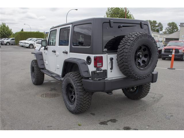 2018 Jeep Wrangler JK Unlimited Sahara (Stk: J810233) in Surrey - Image 5 of 30