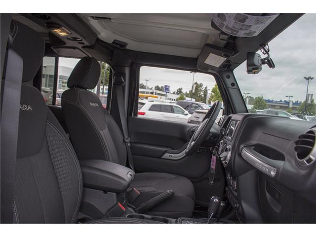 2018 Jeep Wrangler JK Unlimited Sahara (Stk: J864081) in Surrey - Image 17 of 24