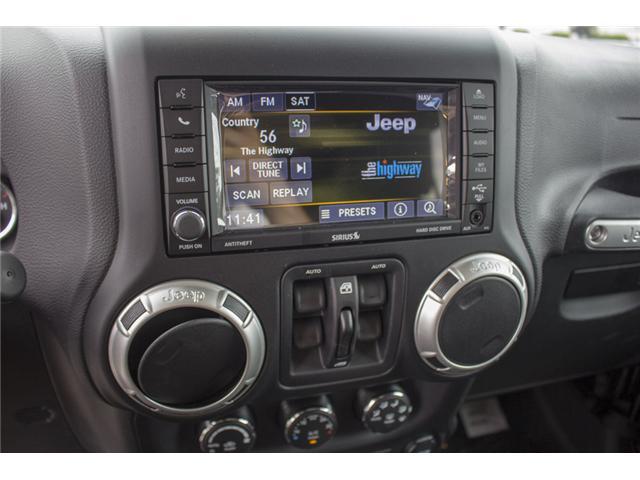2018 Jeep Wrangler JK Unlimited Sahara (Stk: J864102) in Surrey - Image 24 of 28