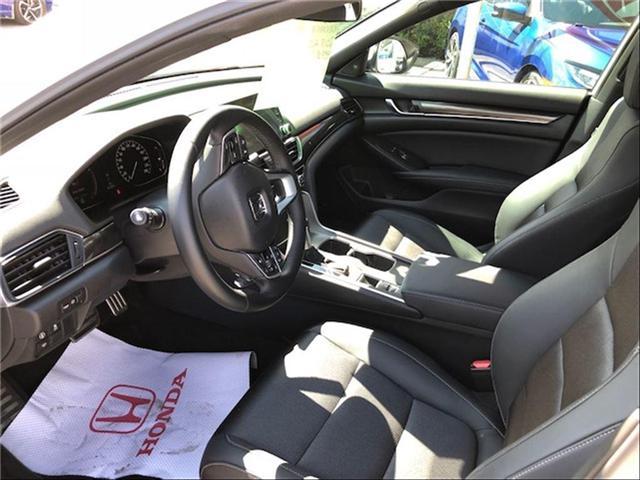 2018 Honda Accord Sport (Stk: J9158A) in Georgetown - Image 6 of 10