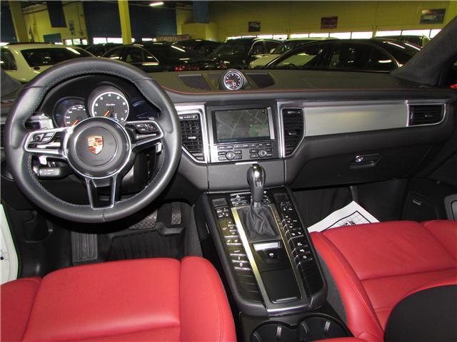 2015 Porsche Macan Turbo (Stk: C5354) in North York - Image 6 of 24