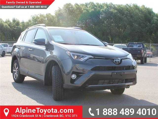 2018 Toyota RAV4 XLE (Stk: W796844) in Cranbrook - Image 6 of 17