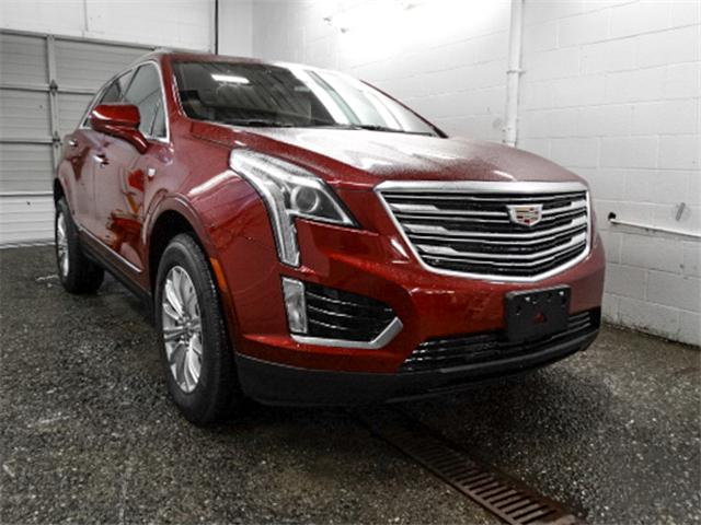 2018 Cadillac XT5 Base (Stk: C8-55760) in Burnaby - Image 2 of 7