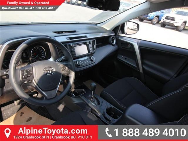 2018 Toyota RAV4 Hybrid LE+ (Stk: D208377) in Cranbrook - Image 8 of 16