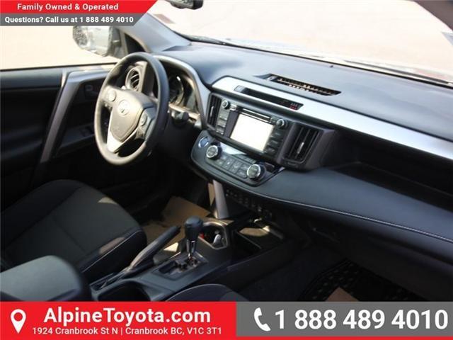 2018 Toyota RAV4 Hybrid LE+ (Stk: D208377) in Cranbrook - Image 10 of 16