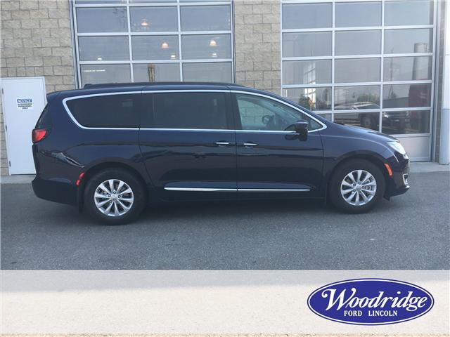 2017 Chrysler Pacifica Touring-L (Stk: J-2082A) in Calgary - Image 2 of 22