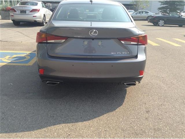 2018 Lexus IS 350 Base (Stk: 180665) in Calgary - Image 2 of 9