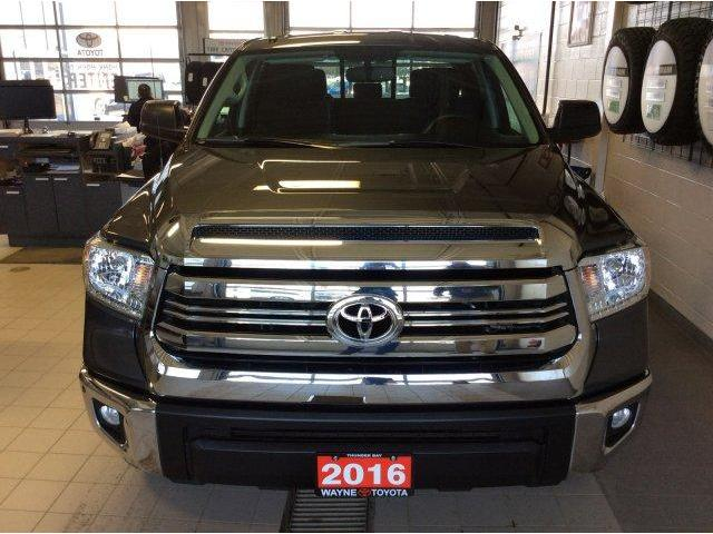 2016 Toyota Tundra SR 5.7L V8 (Stk: 10796) in Thunder Bay - Image 2 of 24