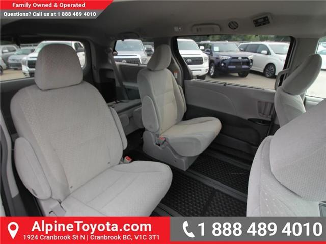 2018 Toyota Sienna LE 7-Passenger (Stk: S201313) in Cranbrook - Image 10 of 13