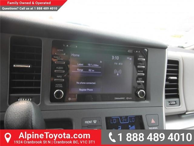 2018 Toyota Sienna LE 7-Passenger (Stk: S201313) in Cranbrook - Image 11 of 13