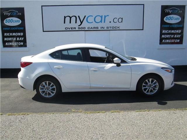 2017 Mazda Mazda3 SE (Stk: 181116) in Richmond - Image 1 of 13