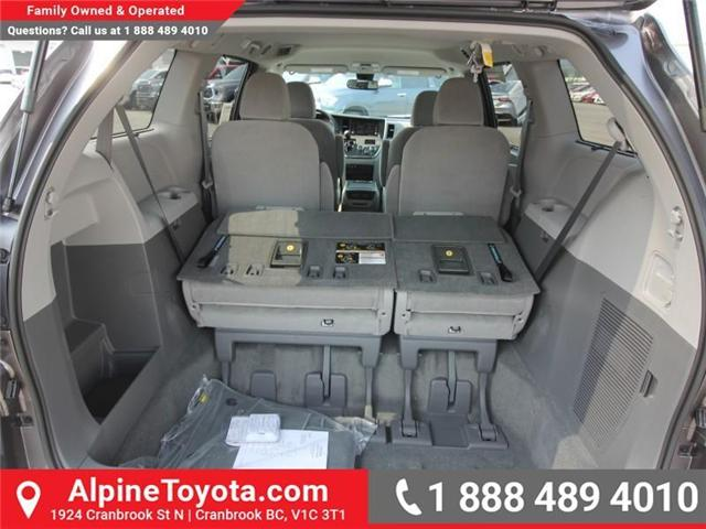 2018 Toyota Sienna LE 7-Passenger (Stk: S207195) in Cranbrook - Image 14 of 16