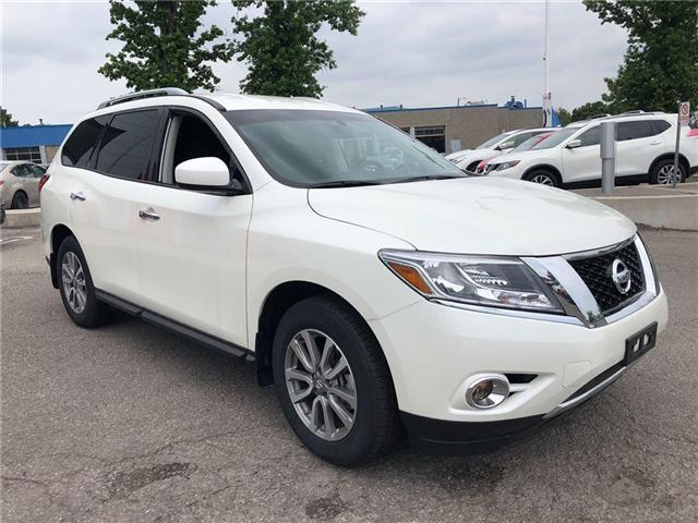 2016 Nissan Pathfinder SV. HEATED SEATS, BACK CAMERA, ALLOY WHEELS (Stk: N1967) in Mississauga - Image 4 of 23