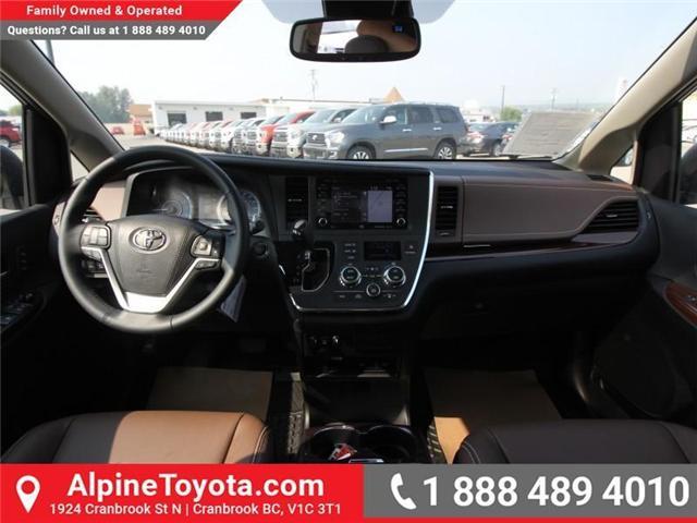 2018 Toyota Sienna XLE 7-Passenger (Stk: S206427) in Cranbrook - Image 9 of 20