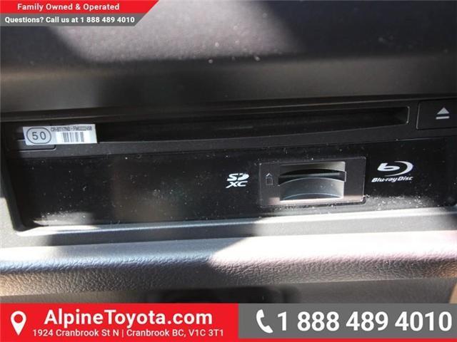 2018 Toyota Sienna XLE 7-Passenger (Stk: S206427) in Cranbrook - Image 14 of 20