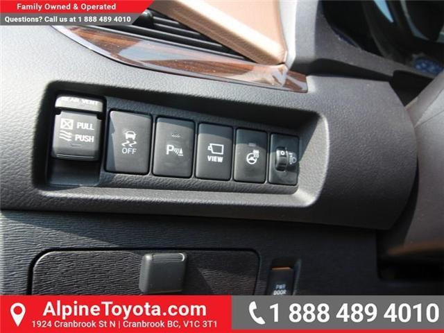 2018 Toyota Sienna XLE 7-Passenger (Stk: S206427) in Cranbrook - Image 15 of 20