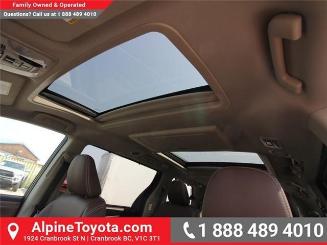 2018 Toyota Sienna XLE 7-Passenger (Stk: S206427) in Cranbrook - Image 16 of 20