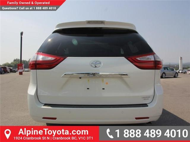 2018 Toyota Sienna LE 7-Passenger (Stk: S207635) in Cranbrook - Image 4 of 20