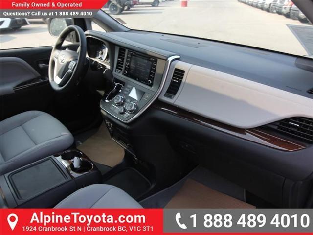 2018 Toyota Sienna XLE 7-Passenger (Stk: S208072) in Cranbrook - Image 10 of 17