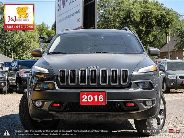 2016 Jeep Cherokee Trailhawk (Stk: J18062) in Brandon - Image 2 of 27