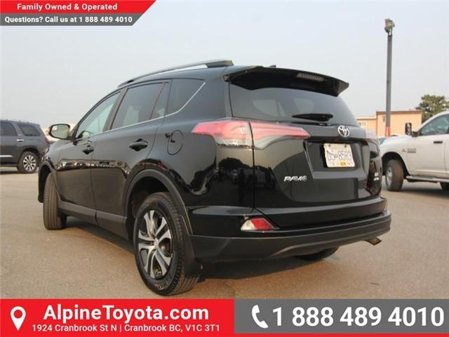 2017 Toyota RAV4 LE (Stk: S201320A) in Cranbrook - Image 2 of 14