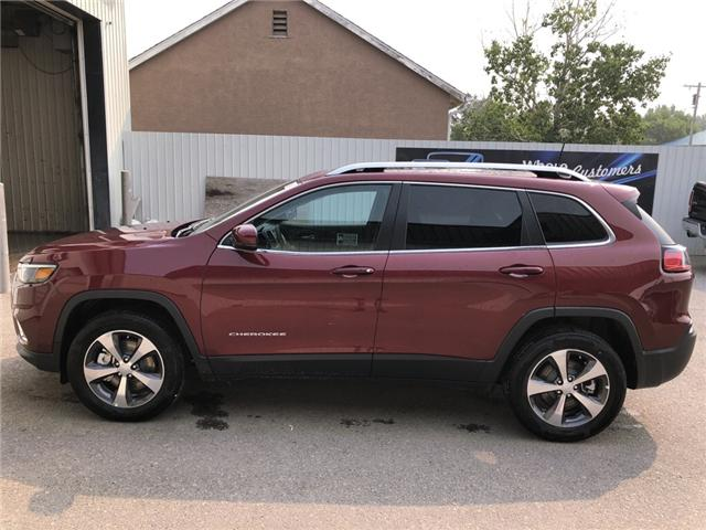 2019 Jeep Cherokee Limited (Stk: 13577) in Fort Macleod - Image 2 of 21