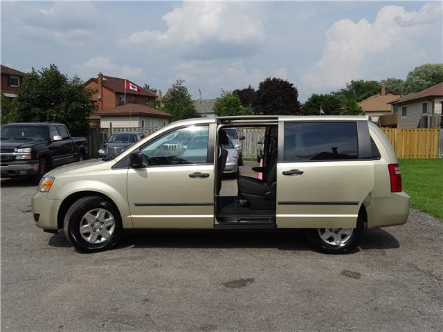 2010 Dodge Grand Caravan SE (Stk: ) in Oshawa - Image 7 of 15