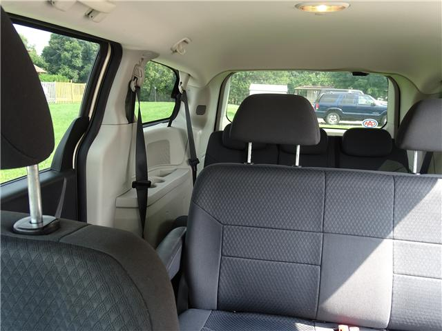 2010 Dodge Grand Caravan SE (Stk: ) in Oshawa - Image 12 of 15