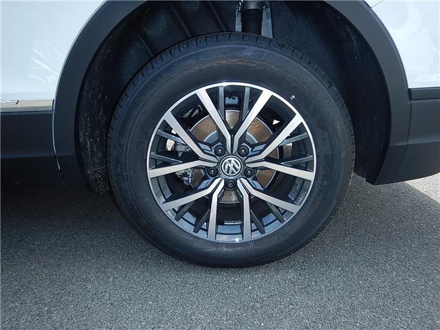 2018 Volkswagen Tiguan Comfortline (Stk: JT142389) in Surrey - Image 27 of 28
