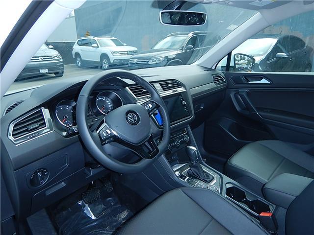 2018 Volkswagen Tiguan Comfortline (Stk: JT142389) in Surrey - Image 4 of 28