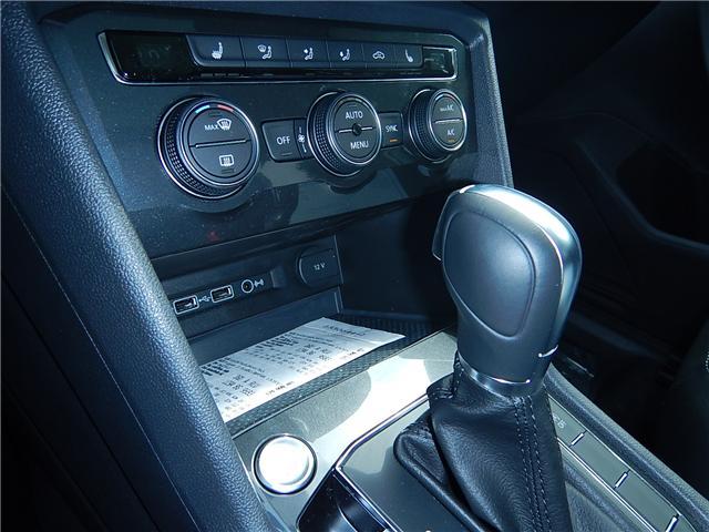 2018 Volkswagen Tiguan Comfortline (Stk: JT130939) in Surrey - Image 14 of 28