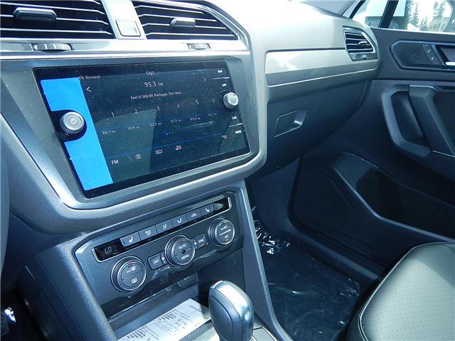 2018 Volkswagen Tiguan Comfortline (Stk: JT142389) in Surrey - Image 9 of 28
