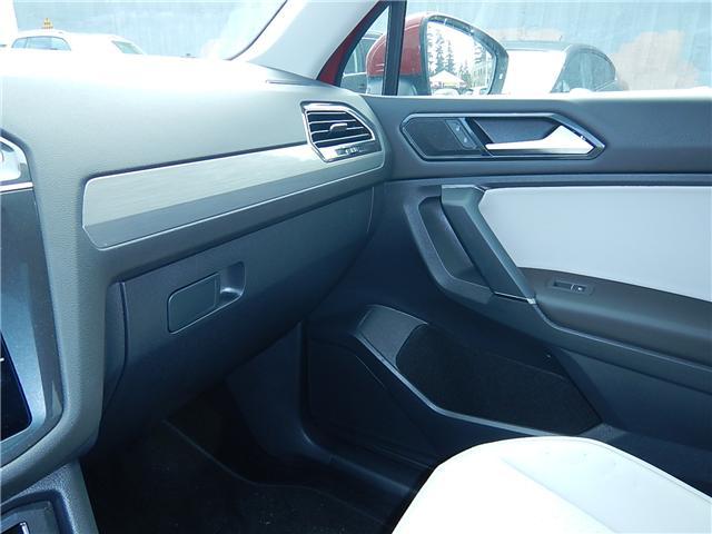 2018 Volkswagen Tiguan Comfortline (Stk: JT094243) in Surrey - Image 14 of 25