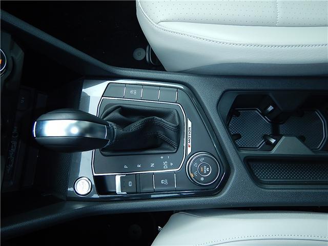 2018 Volkswagen Tiguan Comfortline (Stk: JT117072) in Surrey - Image 13 of 25