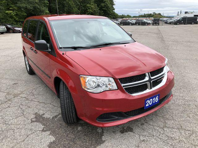 2016 Dodge Grand Caravan SE/SXT (Stk: P8518) in Barrie - Image 2 of 30