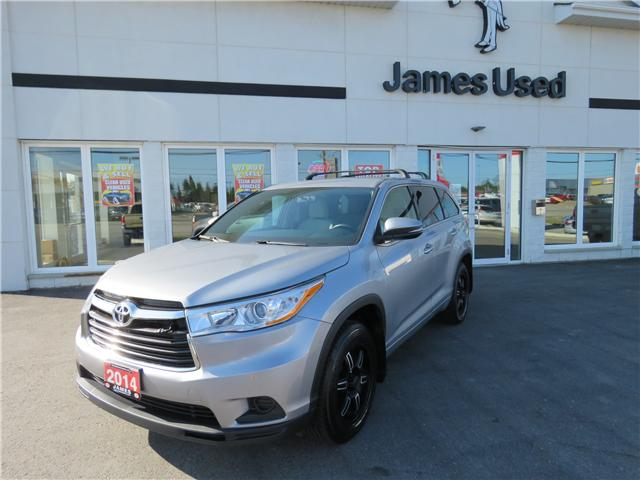 2014 Toyota Highlander LE (Stk: N18264A) in Timmins - Image 1 of 10