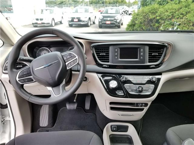 2017 Chrysler Pacifica LX (Stk: 18-525) in Oshawa - Image 8 of 14