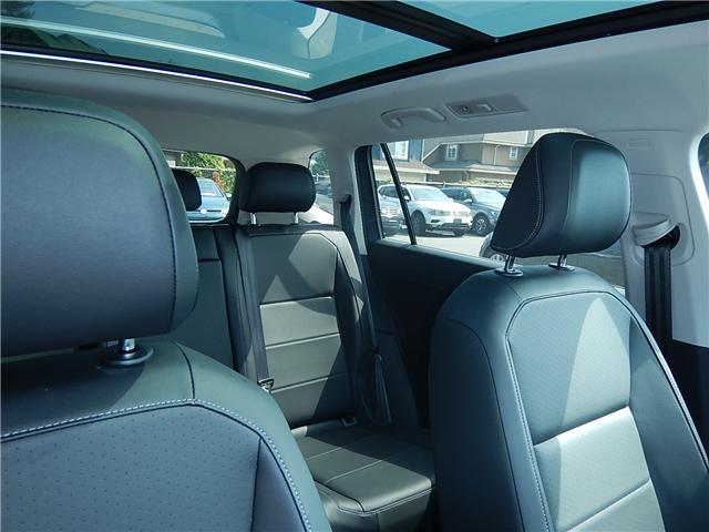 2018 Volkswagen Tiguan Comfortline (Stk: JT116769) in Surrey - Image 18 of 28