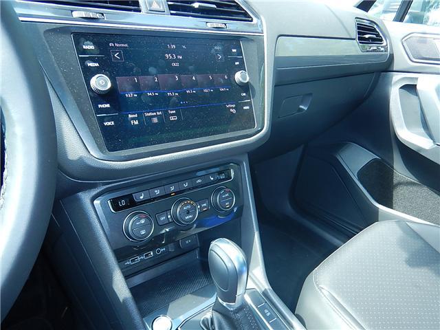 2018 Volkswagen Tiguan Comfortline (Stk: JT116769) in Surrey - Image 10 of 28