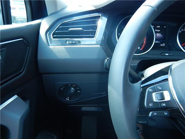 2018 Volkswagen Tiguan Comfortline (Stk: JT116769) in Surrey - Image 7 of 28