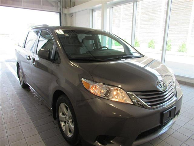 2017 Toyota Sienna LE 8 Passenger (Stk: 15545A) in Toronto - Image 5 of 19