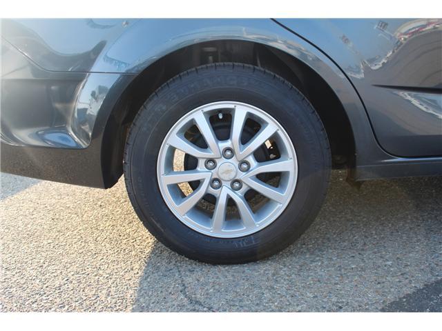 2017 Chevrolet Sonic LT Auto (Stk: 167223) in Medicine Hat - Image 9 of 26