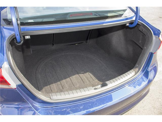 2017 Hyundai Elantra GL (Stk: EE896460) in Surrey - Image 12 of 28