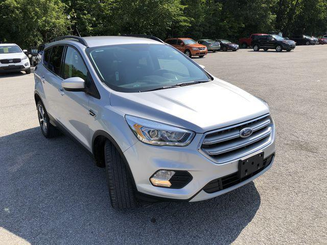 2017 Ford Escape SE (Stk: ES18708A) in Barrie - Image 2 of 30