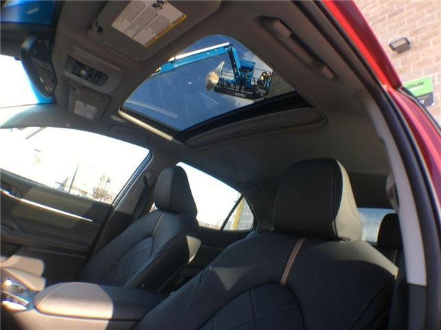 2018 Toyota Camry HYBRID XLE (Stk: 39063) in Brampton - Image 6 of 27