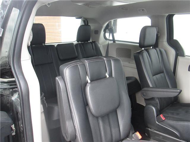 2018 Dodge Grand Caravan Crew (Stk: 181213) in Richmond - Image 12 of 14