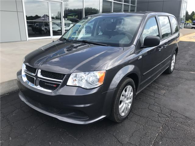 2017 Dodge Grand Caravan CVP/SXT (Stk: 21353) in Pembroke - Image 2 of 11